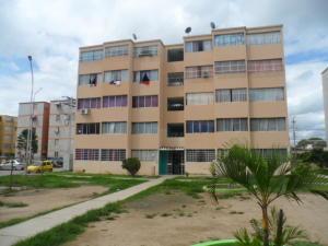 Apartamento En Venta En Cagua, Carretera Nacional, Venezuela, VE RAH: 16-10307