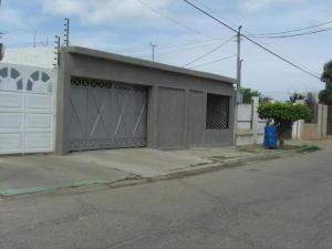 Casa En Venta En Cabimas, Carretera H, Venezuela, VE RAH: 16-10265