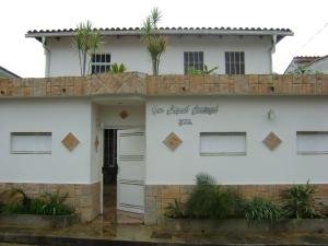 Casa En Ventaen Los Teques, Colinas De Carrizal, Venezuela, VE RAH: 16-10568
