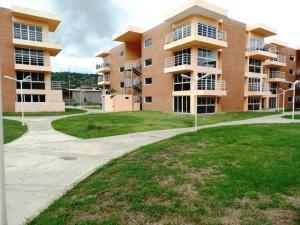 Apartamento En Venta En Guatire, Buenaventura, Venezuela, VE RAH: 16-10311