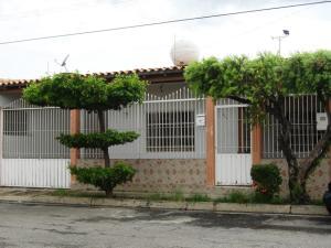 Casa En Venta En Maracay, La Mulera, Venezuela, VE RAH: 16-10313