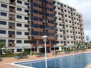 Apartamento En Venta En Higuerote, Agua Sal, Venezuela, VE RAH: 16-10375