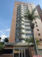 Apartamento En Venta En Caracas, El Rosal, Venezuela, VE RAH: 16-10450