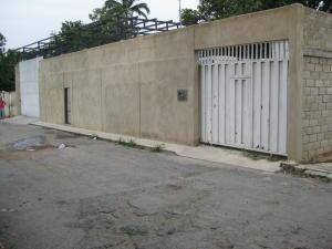 Terreno En Venta En Maracay, El Limon, Venezuela, VE RAH: 16-10373
