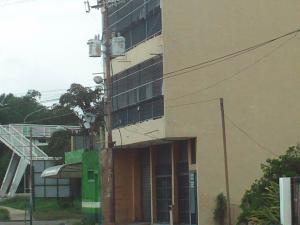 Local Comercial En Venta En Municipio Libertador, Rafael Pocaterra, Venezuela, VE RAH: 16-10381
