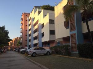 Apartamento En Venta En Higuerote, Agua Sal, Venezuela, VE RAH: 16-10412