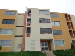 Apartamento En Venta En La Victoria, Ciudad Real, Venezuela, VE RAH: 16-10408