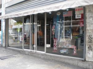 Local Comercial En Venta En Caracas, Parroquia La Candelaria, Venezuela, VE RAH: 16-10415