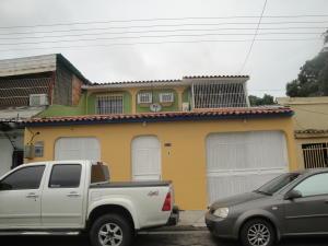 Casa En Venta En Valencia, Lizandro Alvarado, Venezuela, VE RAH: 16-10423