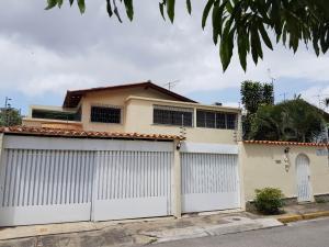 Casa En Venta En Caracas, Sebucan, Venezuela, VE RAH: 16-10503