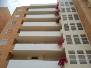 Apartamento En Venta En Higuerote, Agua Sal, Venezuela, VE RAH: 16-12080