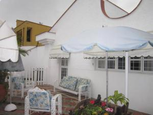 Casa En Venta En Caracas, Lomas De La Lagunita, Venezuela, VE RAH: 16-10480