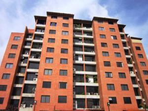 Apartamento En Venta En Caracas, Colinas De La Tahona, Venezuela, VE RAH: 16-10486