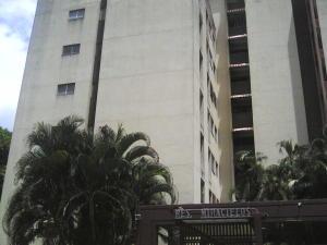 Apartamento En Venta En Valencia, Trigal Centro, Venezuela, VE RAH: 16-10516