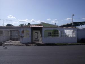 Casa En Venta En Ciudad Bolivar, Vista Hermosa, Venezuela, VE RAH: 16-10522