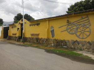 Casa En Venta En Municipio San Diego, Sabana Del Medio, Venezuela, VE RAH: 16-10525