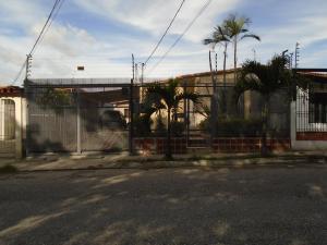 Casa En Venta En Cabudare, Valle Hondo, Venezuela, VE RAH: 16-10534