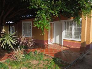 Casa En Venta En El Tigre, Sector Avenida Intercomunal, Venezuela, VE RAH: 16-10614