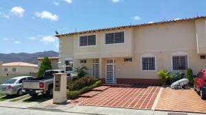 Townhouse En Venta En Guatire, Villas De Buenaventura, Venezuela, VE RAH: 16-10798