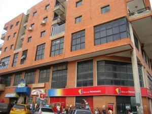 Apartamento En Venta En Cabudare, Parroquia Cabudare, Venezuela, VE RAH: 16-10570