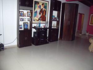 Apartamento En Venta En Ciudad Bolivar, Sector Avenida Tachira, Venezuela, VE RAH: 16-11168