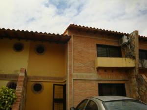 Townhouse En Venta En Municipio San Diego, Trigal De San Diego, Venezuela, VE RAH: 16-10607