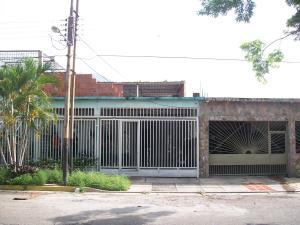 Casa En Venta En Municipio Diego Ibarra, Mariara, Venezuela, VE RAH: 16-10613