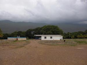 Terreno En Venta En Coro, El Tuquecal, Venezuela, VE RAH: 16-10685