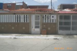 Casa En Venta En Cua, Lecumberry, Venezuela, VE RAH: 16-10707