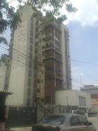 Apartamento En Venta En Maracay, Zona Centro, Venezuela, VE RAH: 16-10378