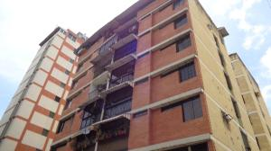 Apartamento En Venta En Caracas, El Marques, Venezuela, VE RAH: 16-11177