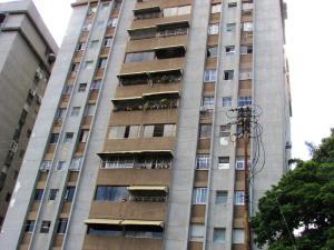 Apartamento En Venta En Caracas, Santa Fe Norte, Venezuela, VE RAH: 16-10643