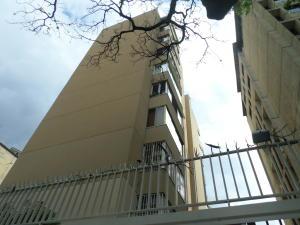 Apartamento En Venta En Caracas, Las Palmas, Venezuela, VE RAH: 16-10725