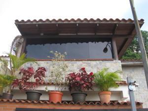Casa En Venta En Caracas, Santa Ines, Venezuela, VE RAH: 16-10728