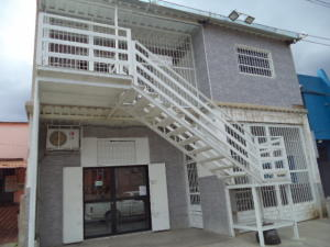 Consultorio Medico  En Alquiler En Valencia, Santa Rosa, Venezuela, VE RAH: 16-10803