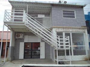 Local Comercial En Alquiler En Valencia, Santa Rosa, Venezuela, VE RAH: 16-10818