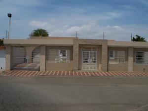 Casa En Venta En Maracaibo, Rosal Sur, Venezuela, VE RAH: 16-10753