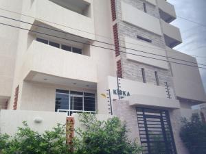 Apartamento En Venta En Maracaibo, Don Bosco, Venezuela, VE RAH: 16-4952