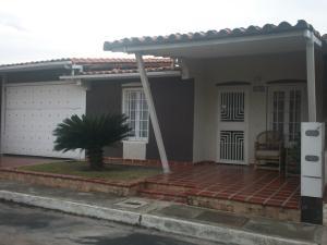 Casa En Venta En Cabudare, Los Samanes, Venezuela, VE RAH: 16-10774