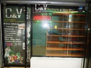 Local Comercial En Venta En Ciudad Ojeda, Centro, Venezuela, VE RAH: 16-10775
