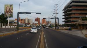 Apartamento En Venta En Maracaibo, Avenida Delicias Norte, Venezuela, VE RAH: 16-10887