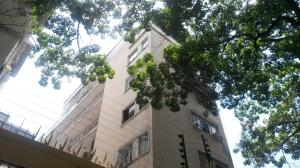 Apartamento En Venta En Caracas, Los Caobos, Venezuela, VE RAH: 16-10483