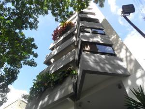Apartamento En Venta En Caracas, San Bernardino, Venezuela, VE RAH: 16-10800