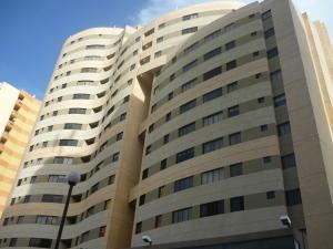 Apartamento En Venta En Municipio Naguanagua, Palma Real, Venezuela, VE RAH: 16-10807