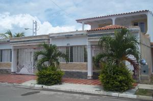Casa En Venta En Guacara, Ciudad Alianza, Venezuela, VE RAH: 16-15999