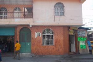 Local Comercial En Alquiler En Guacara, Centro, Venezuela, VE RAH: 16-10922