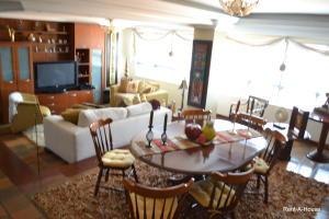 Apartamento En Venta En Maracaibo, El Milagro, Venezuela, VE RAH: 16-10832