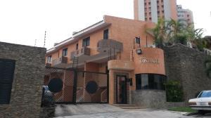 Townhouse En Venta En Valencia, El Parral, Venezuela, VE RAH: 16-10849