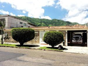 Casa En Venta En Valencia, Trigal Centro, Venezuela, VE RAH: 16-10851