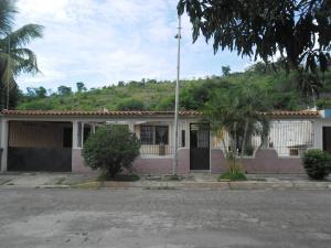 Casa En Venta En San Joaquin, Villas Del Centro, Venezuela, VE RAH: 16-10853